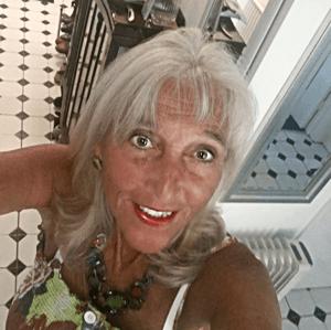 Pseudomyxoma survivor Susan